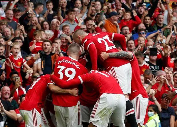 Manchester United vs Leeds LIVE